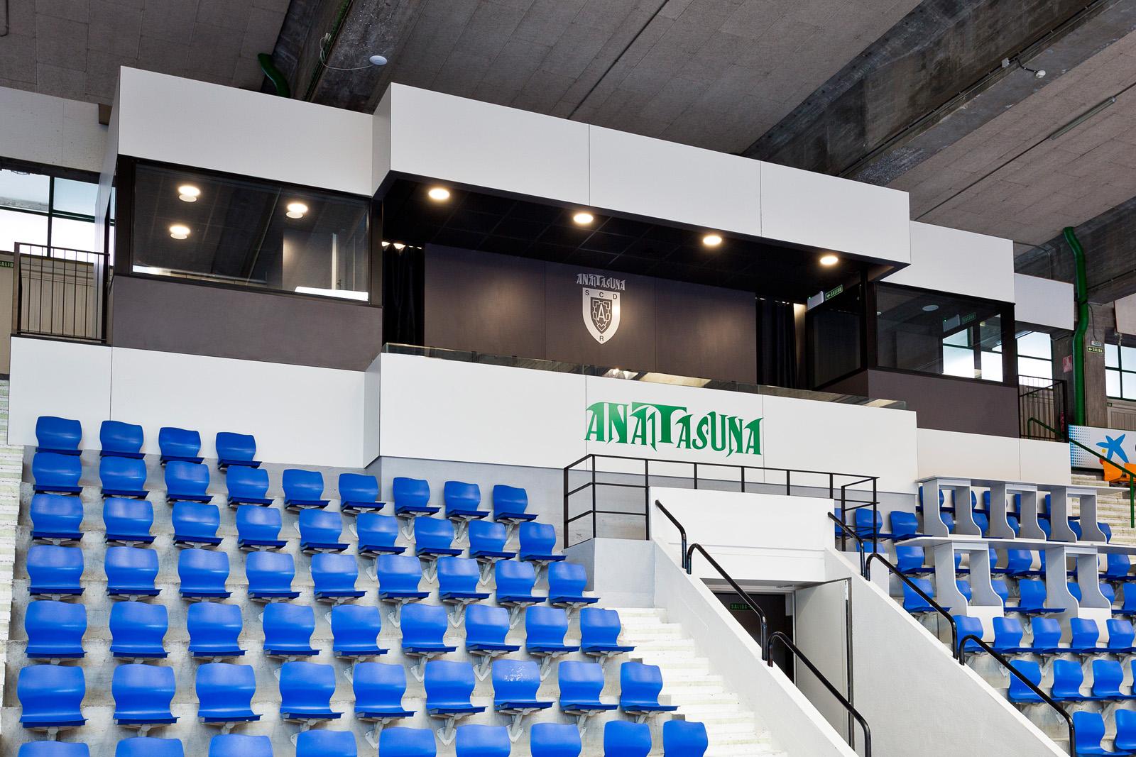 Adecuación de Palco en Pabellón Polideportivo